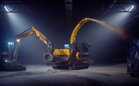 Europe Chippers EC 1060 Tracks 400 HP.3
