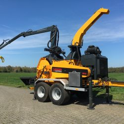 Europe Chippers EC 860 Tandem Crane 150HP.1