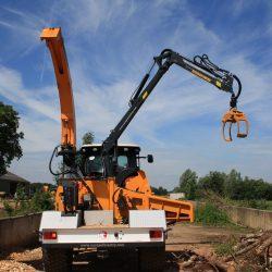 urope Chippers EC 1060 PTO Crane.1