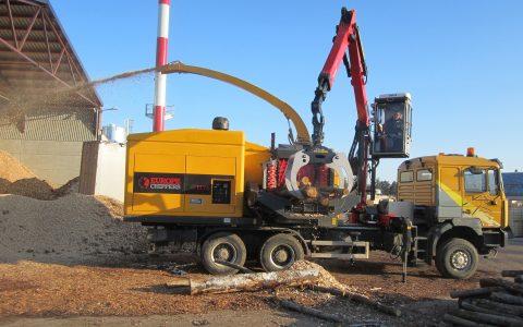 Europe Chippers EC 1175 Truck mount crane cabin