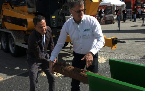 Demonstration Precision Husky Kwik Chip Unit by Europe Forestry @ Ligna 2017